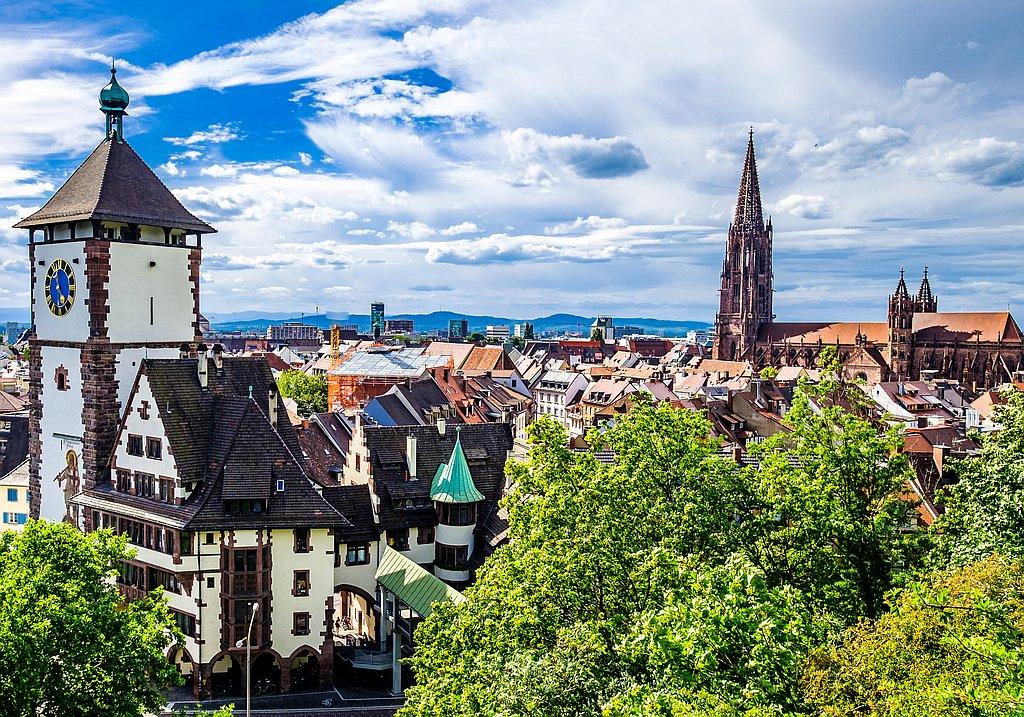 Biergarten Besuch Freiburg - Reservierung durch IQ Incoming