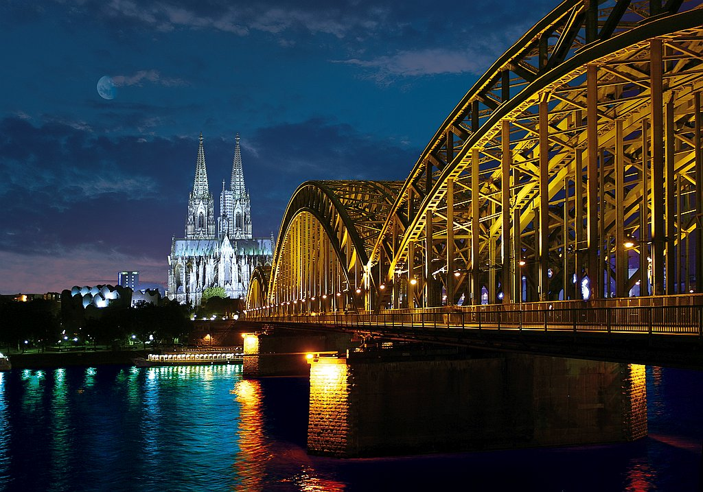 Cologne City break with professional guide