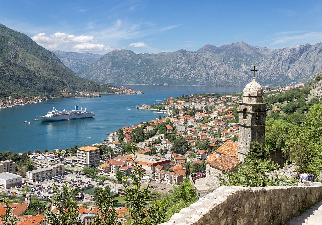 Cruise to Montenegro